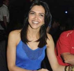 Shammi Kapoor wants another coffee date with Padukone