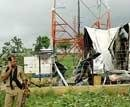 Maoists blow up mobile tower in Orissa
