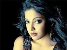 Tanushree disillusioned by controversies around 'Apartment