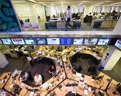 Murdoch's Wall Street Journal takes on New York Times