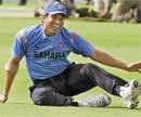 Bollywood welcomes  Sachin on Twitter