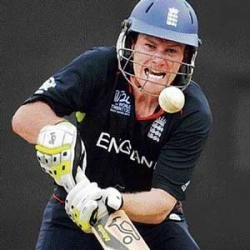 England enter Super Eight stage