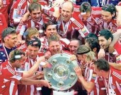Bayern Munich on cloud No 22
