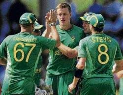 S Africa look to seal semis spot