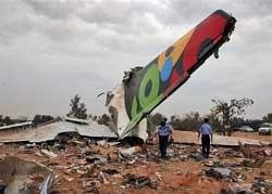 Libya plane crash kills 103, Dutch boy survives