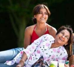 Soha in no hurry to team up with mom again