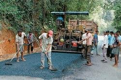 'Makutta road will be opened before monsoon'