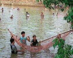 'Fishing fair' enthrals devotees