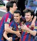 Brilliant Barca retain Spanish league title