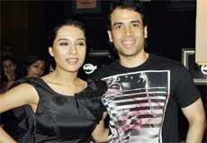 Tusshar Kapoor bags a solo romantic film with Barjatyas