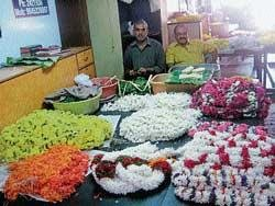 Fluctuating prices worry 'Mallige' farmers