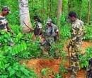 Maoists loot truckful of blast material