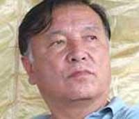 Huge procession turns out at Tamang's funeral