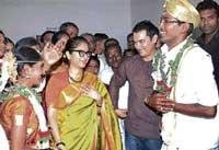 Aamir cancels shoot, attends assistant's wedding