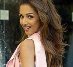 Malaika becomes 'munni badnaam' for husband Arbaaz Khan's film
