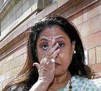 Jaya declines SP's Rajya Sabha offer