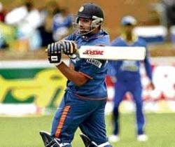 Rohit, Kohli run rings around Sri Lanka