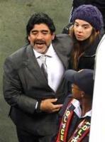 Maradona urged to stay on the job