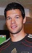 Ballack not  to get into captaincy conundrum