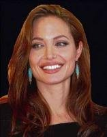 Jolie sheds glamourous look