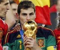 Casillas is World Cup top goalkeeper