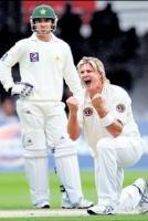 Pak strike back after Watson fiver