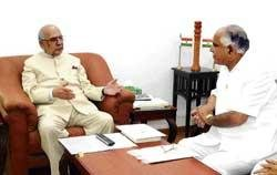 CM meets Guv, tries to break ice