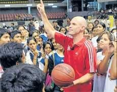 NBA clinic proves a huge hit with b'ball enthusiasts