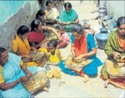 Beedi workers' bundle of miseries roll on...
