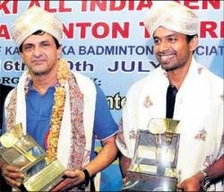 Gopichand bats for players' 'right'