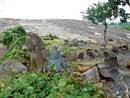 The fallen idols of Aretippur