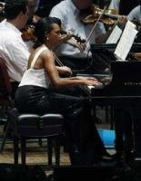 Cheers, boos as Rice opts for Mozart concerto