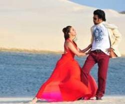 Ash, Rajni launch 'Enthiran' music