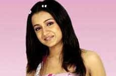 With debut in Bollywood, Trisha eyes for global recognition