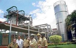 Gas leak in dairy; one falls sick