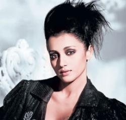 I want to be part of well-packaged Bollywood films: Trisha