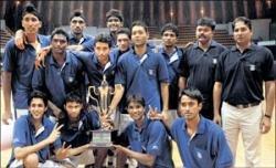 India outclass Lanka to seal finals berth