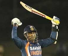 Sehwag's century-stroke 'no-balled'
