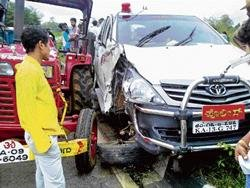 One killed in mishap involving SP's car