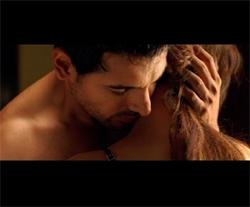 John gets steamy with co-star in 'Aashayein'