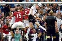 Fulham hold Man United