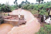 Rain demolishes houses: 3 dead