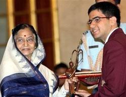 Saina conferred Khel Ratna