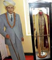 For locals, Vivesvaraya's house is a place of worship