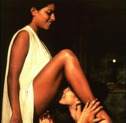 'Kama Sutra' actress wants to shift to 'culturally rich' India