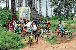 Severe scarcity of drinking water grips village