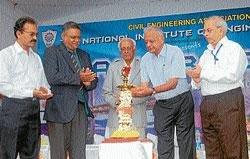 'Aakar-2010' gets underway