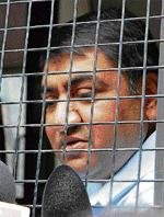 Telgi gets 7 more years, Rs one lakh fine