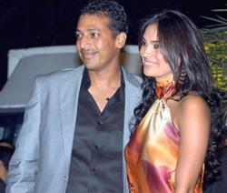 Hesh gets hooked to Lara Dutta