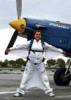 In Spanish skies, woman lets her passion take wings
